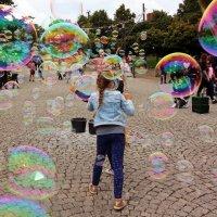Весь мир в пузырях :: Alexander Andronik