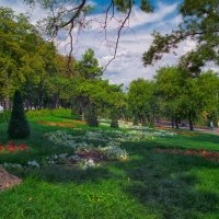 Август в Стамбульском парке. :: Вахтанг Хантадзе