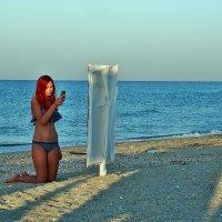 The Box - пляж эмоций. Такие вот русалки там утром приплывали... :: Александр Резуненко