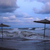 шторм на Мысхако (пляж) :: Татьяна Малафеева