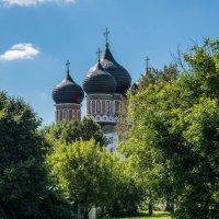 Храм Покрова Пресвятой Богородицы в Измайлове. (построен в 1679г.) :: Владимир Безбородов