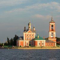 Храм Сорока Мучеников Севастийских в Переславле-Залесском :: Vladislav Gushin