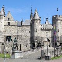 Замок Стен, Антверпен :: Владимир Леликов