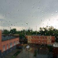А дождь идет, а дождь идет ... :: Лариса Корженевская