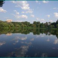 Августовское небо в озере нежилось... :: Николай Дони