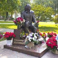 """Памятник """"песняру"""" Владимиру Мулявину :: Светлана З"""