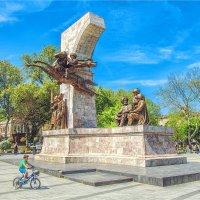 Монумент султану Мехмеду-Завоевателю в Стамбуле и новое поколение :: Ирина Лепнёва
