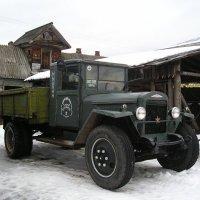Старичок-грузовичок :: Дмитрий Солоненко