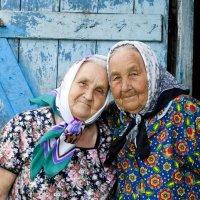 Две сестры :: Зоя Лучникова