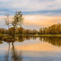 Осенний закат :: юрий Амосов
