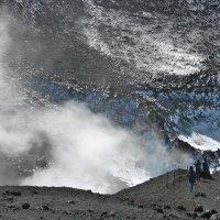 кратер вулкана Этна :: Александр