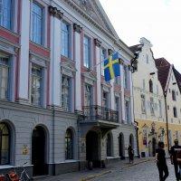 Улица Пикк. Красивейший из сохранившихся в Таллине шведский дом фон Розенов (1670-е), :: Елена Павлова (Смолова)