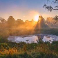 Восход над Круглым... :: Roman Lunin