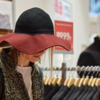 Шляпа - это модно, красиво и цен не видишь. :: Татьяна Помогалова