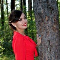 Девушка в лесу :: Екатерина Пленне