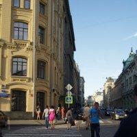 ул. Ильинка вид от Биржевой площади :: Анна Воробьева