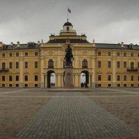 Дворец Конгрессов. :: Дмитрий Скубаков