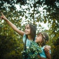 Прогулка в осеннем лесу :: Tanya Petrosyan