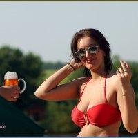 -Так может пивка?  -Извините... я замужем... :: Anatol Livtsov