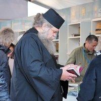 обилие духовной пищи :: Олег Лукьянов
