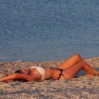 The Box - пляж эмоций. Русалки там под шум прибоя утром засыпали... :: Александр Резуненко