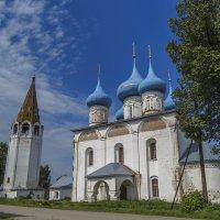 Благовещенский собор с шатровой колокольней :: Сергей Цветков