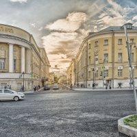Большая Никитская ул. :: Александр Шурпаков