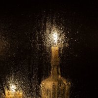 Бутылка со свечой :: Константин Ощепков