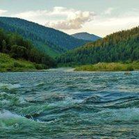 Вечерняя река :: Сергей Чиняев