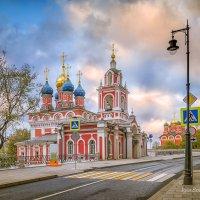Улица Варварка утром. Москва :: Игорь Соболев
