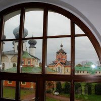 Глядя в окно.. :: Vladimir Semenchukov