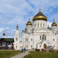 Белогорский мужской монастырь, Пермская область :: Den Ermakov