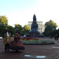 Санкт-Петербург. Памятник Екатерине II и Александровский театр. :: Лариса (Phinikia) Двойникова