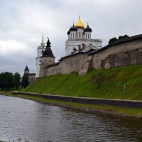 Псковский Кром :: Ольга