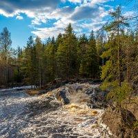 Рускеальские водопады на реке Тохмайоки. :: Владимир Лазарев