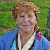 Жизнь наша,  как платок- из разных цветов ... :: Святец Вячеслав
