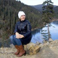 у озера :: Светлана Бурлина