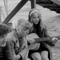 А у нас во дворе.... 1974 год (май) :: Игорь Смолин