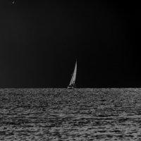 Парус в ночи :: Alexander Andronik