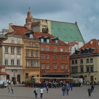 """""""Трио"""" на дворцовой площади в старой Варшаве :: M Marikfoto"""