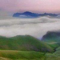 панорама весенних туманов Киммерии :: viton