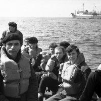 """1970 . Атлантический океан. БМРТ-319 """"Рудольф Блауманис."""" :: Иволий Щёголев"""