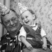 Дед и внук... Улыбает! ))) :: Виталий Левшов