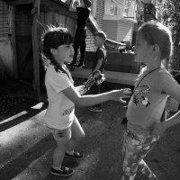 Ребята с нашего двора :: Маргарита Лапина