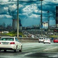 Питер горка на КАД между Московским шоссе и Софийской улицей :: Юрий Плеханов
