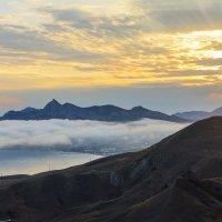 туман над Коктебелем :: Эдуард Тищенко