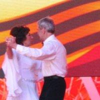 И мы с тобой танцуем вальс... :: Дмитрий Никитин