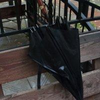 старый зонт :: Олег