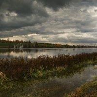 Осень, не унылая пора 3 :: Сергей Жуков