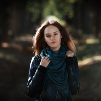 Девушка на прогулке. :: Sven Rok